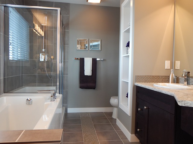 praktická koupelna